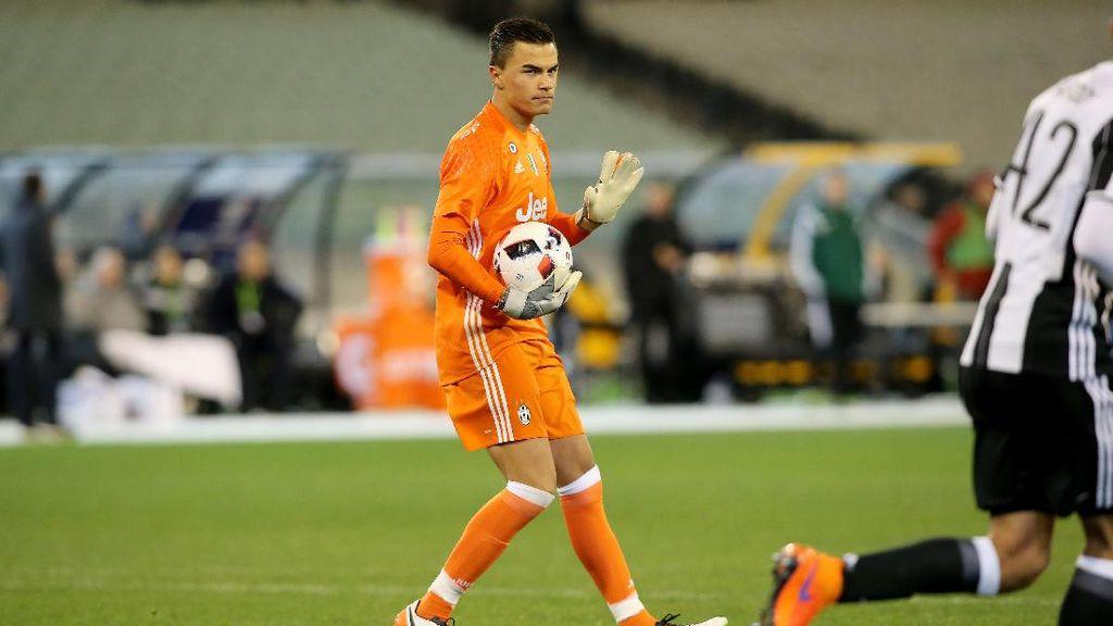 Kiper Keturunan Indonesia Bicara soal Debutnya di Juventus