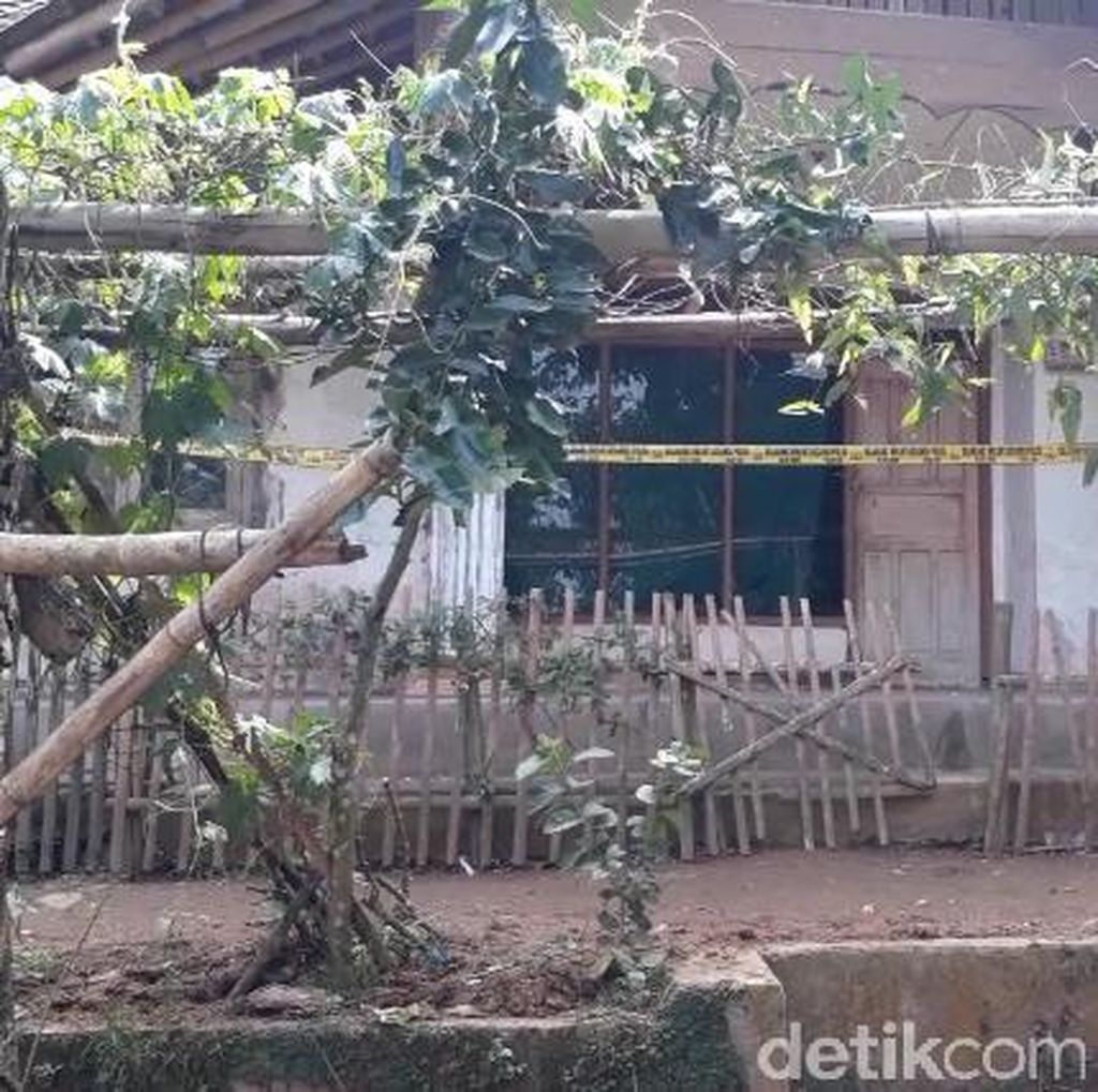 Respons Keluarga saat Tahu Ahmad Syukri Pelaku Bom Kampung Melayu
