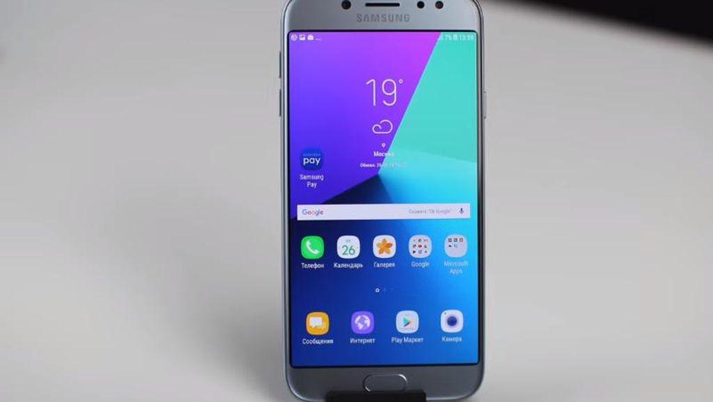 Penampakan Galaxy J7 Versi 2017 yang Tampil Segar