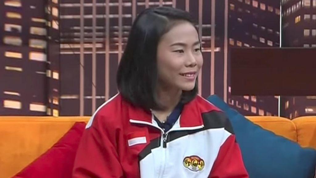 Cerita Sandra Diana, Lifter yang Kumpulkan Receh di Jalan Raya