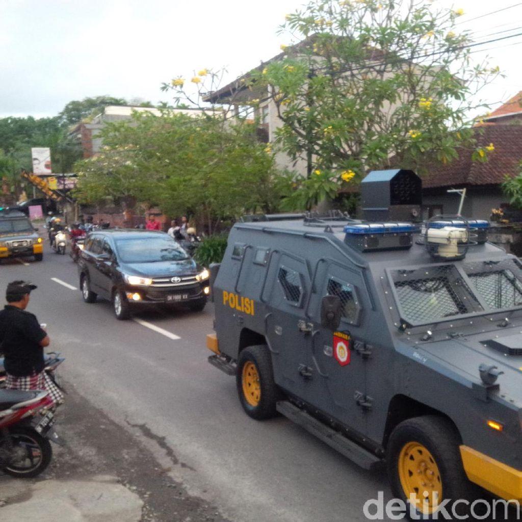Corby Tiba di Bapas Denpasar Dikawal Kendaraan Taktis