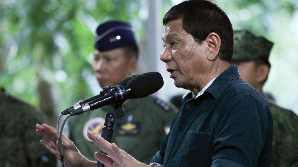 Duterte Lontarkan Lelucon Pemerkosaan Terkait Darurat Militer