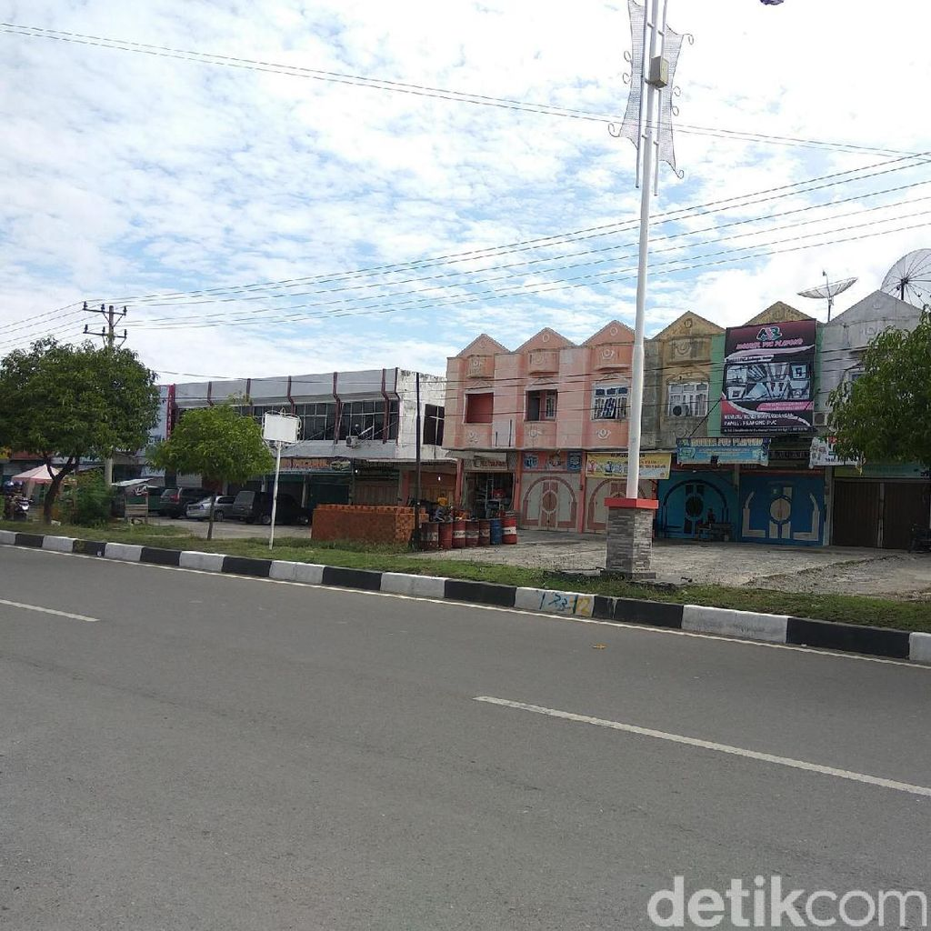 Hari Pertama Ramadan di Aceh: Toko-toko Tutup, Jalanan Lengang