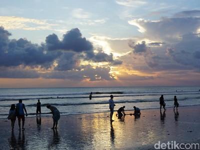 Nikmatnya Ngabuburit Lihat Sunset di Bali