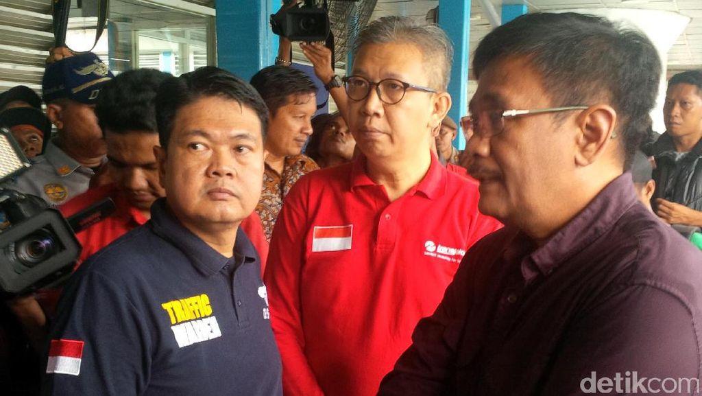 Djarot Sambangi Lokasi Pengeboman di Terminal Kampung Melayu