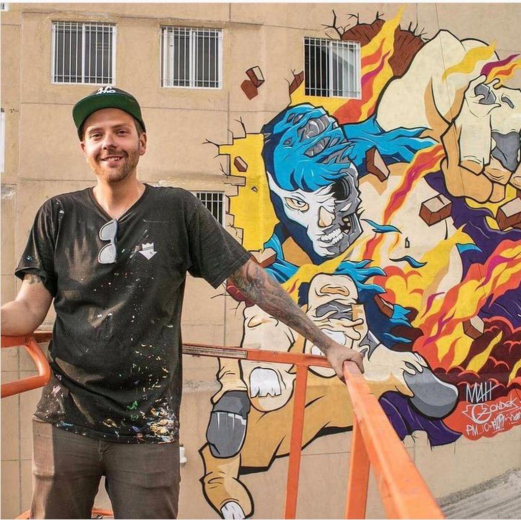 Bukan Donald Trump, Ini Mural Pegulat Khas Meksiko