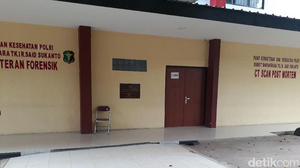 Ada 2 Jenazah Bomber Kampung Melayu, Begini Situasi di RS Polri