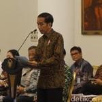 Jokowi Kumpulkan Menteri Bahas RAPBN 2018