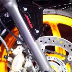 Tak Semua Motor Bisa Dipasang Rem ABS, Ini Alasannya