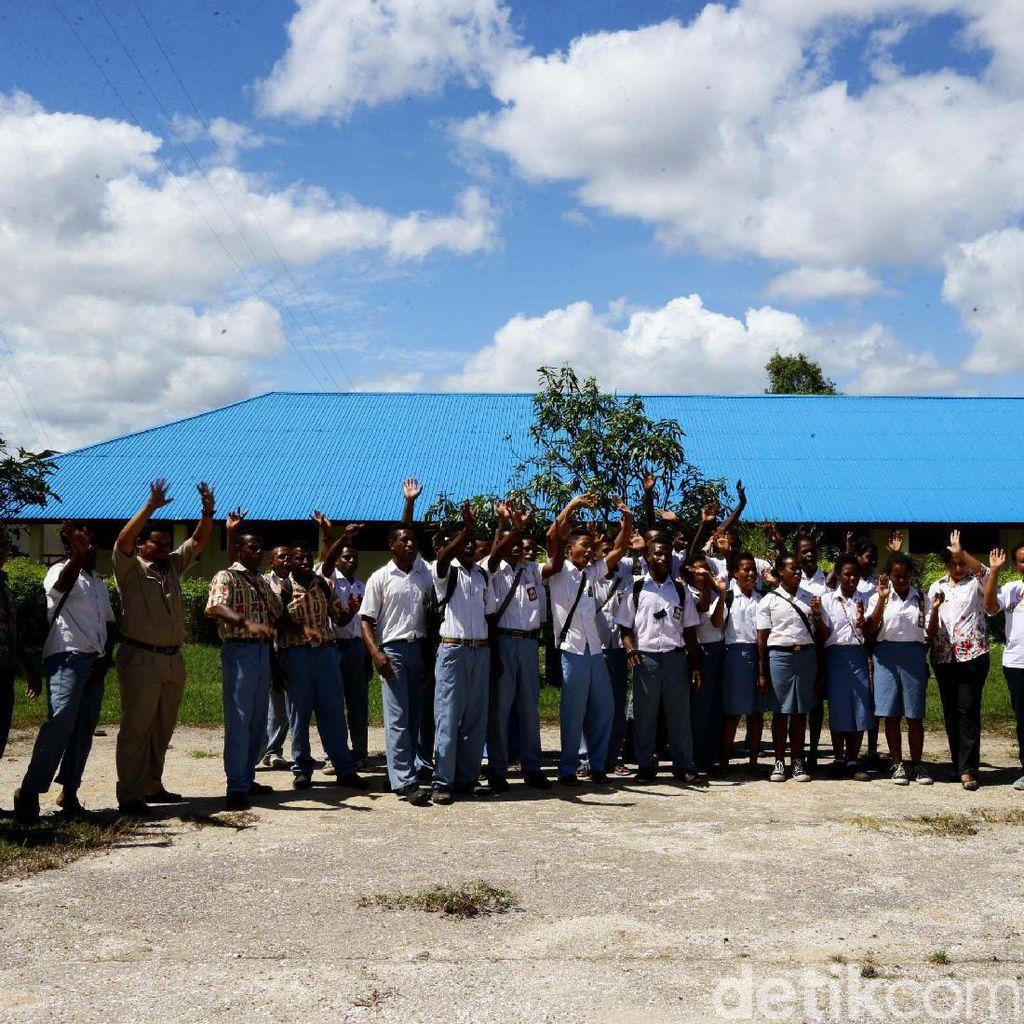 Cerita UN Berbasis Komputer di Sekolah Tapal Batas RI-PNG