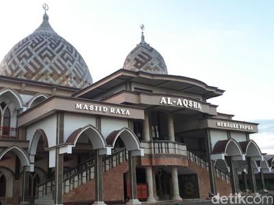 Potret Masjid Terjauh di Indonesia