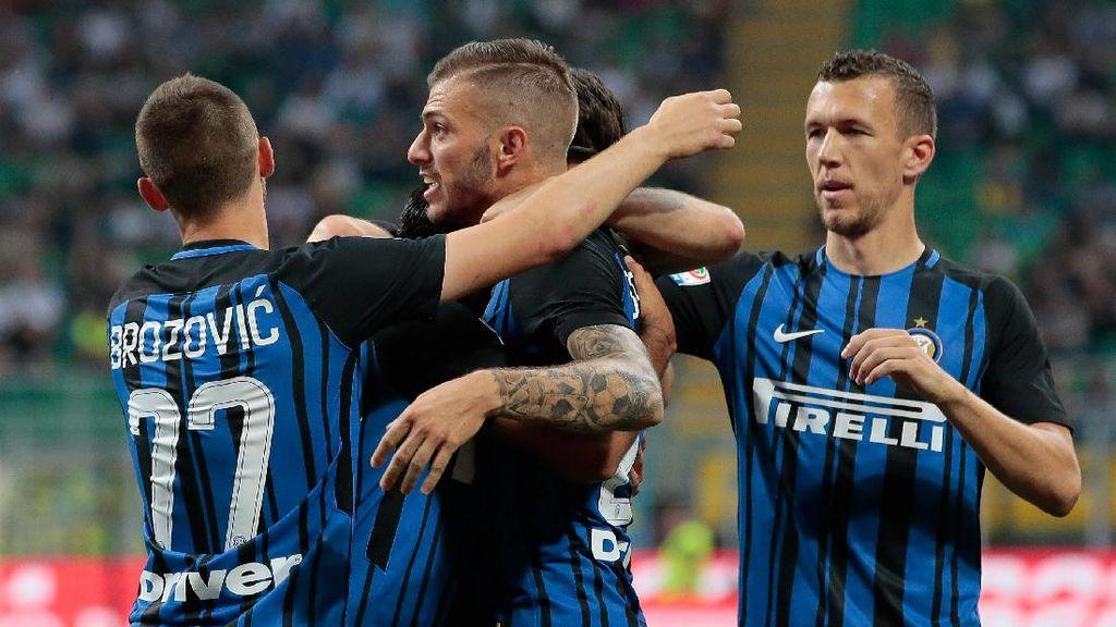 Inter Berimbang dengan Schalke 1-1