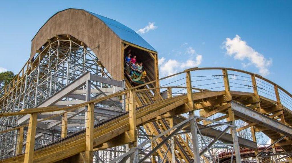 10 Roller Coaster Baru 2017, Berani Coba yang Mana? (2)