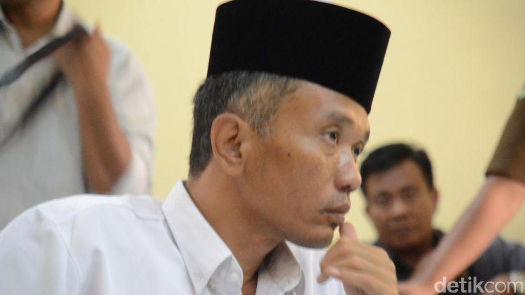 Jika Divonis Bebas, Bambang Siap Tarik Buku Jokowi Undercover