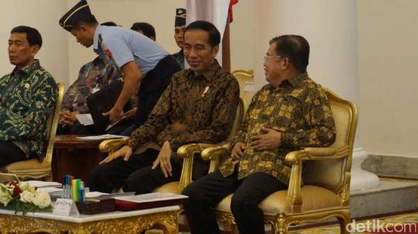 Isu Reshuffle Makin Dekat, Jubir Presiden: Saya Nggak Bisa Prediksi