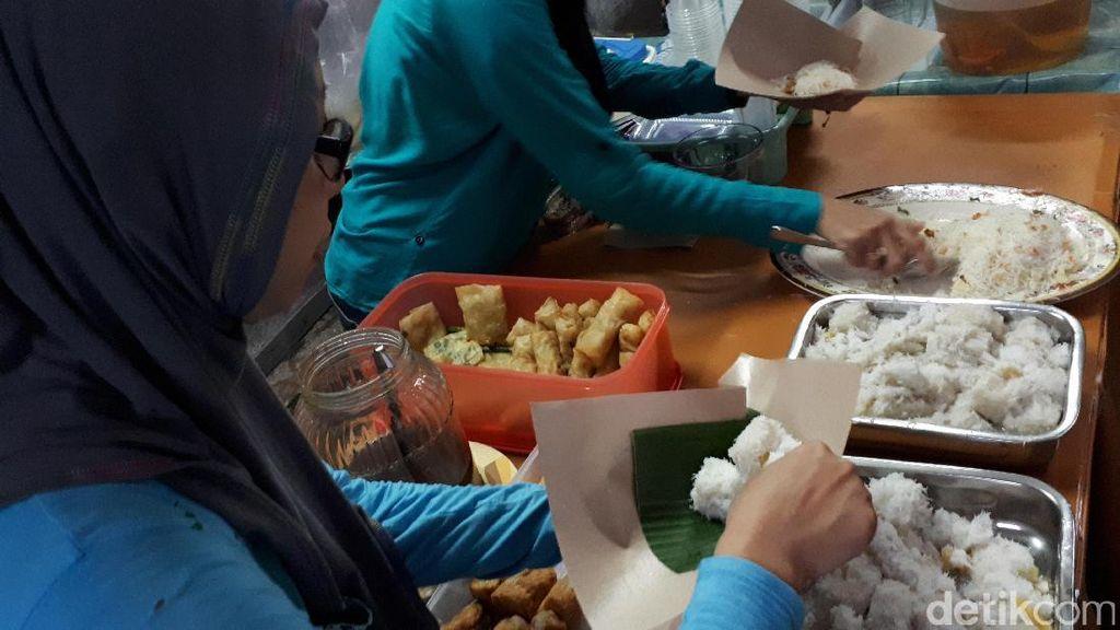 Menyicip Kicak dan Wedang Sirsak Khas Pasar Ramadan Kauman Yogya