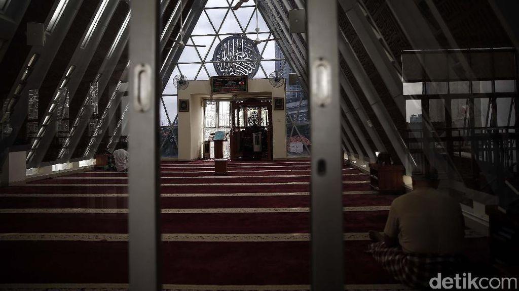 Masjid Darussalam, Oase di Tengah Bisingnya Ibu Kota