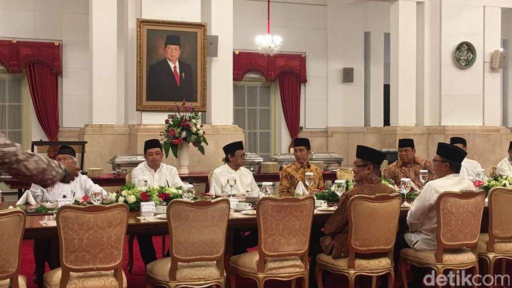 Jokowi Ajak Pimpinan Lembaga Negara Buka Puasa Bersama di Istana