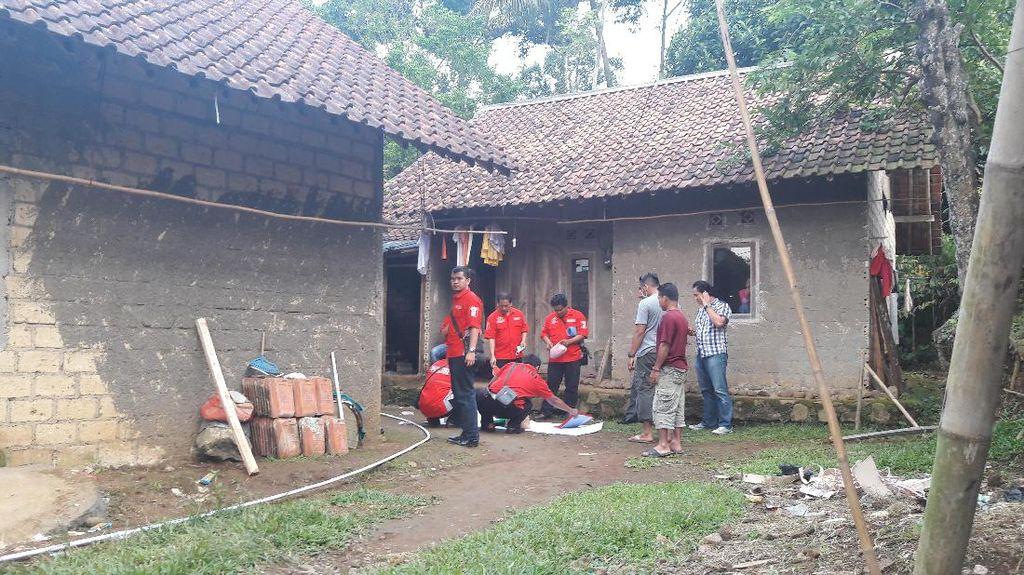 Densus Datangi Rumah Kontrakan di Bogor, Periksa Seorang Perempuan