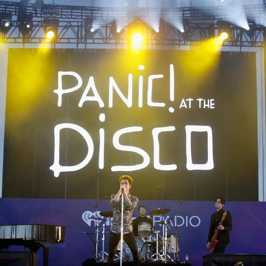 Panic! at the Disco Raup Rp 104 M, Ini Daftar Konser Paling Laris
