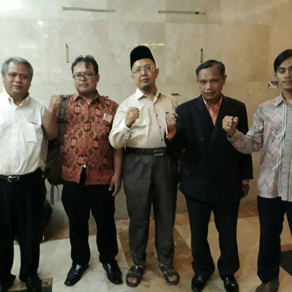 Pihak Alfian Tanjung Ingin Tahu Siapa Pelapor Kasusnya