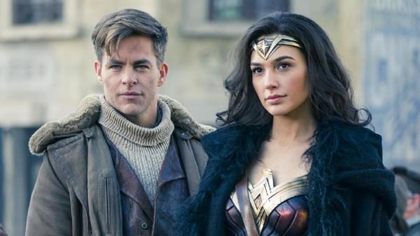 Kata Chris Pine Membandingkan Wonder Woman dan Avengers 3