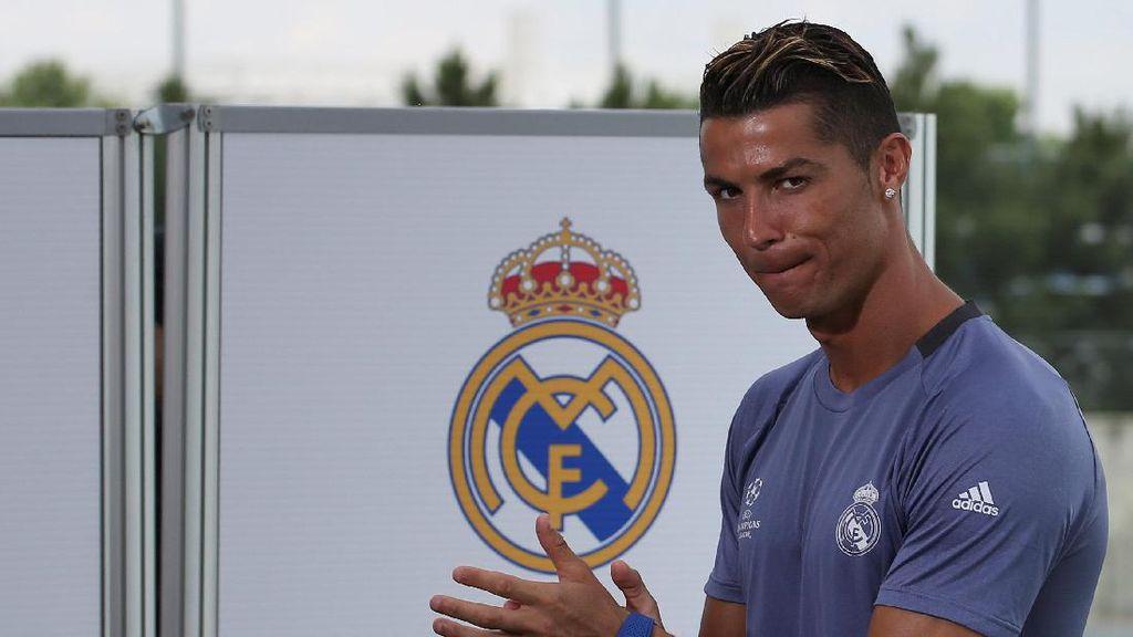 Cristiano Ronaldo di Bawah Drake, JK Rowling, Beyonce, dan Sean Combs