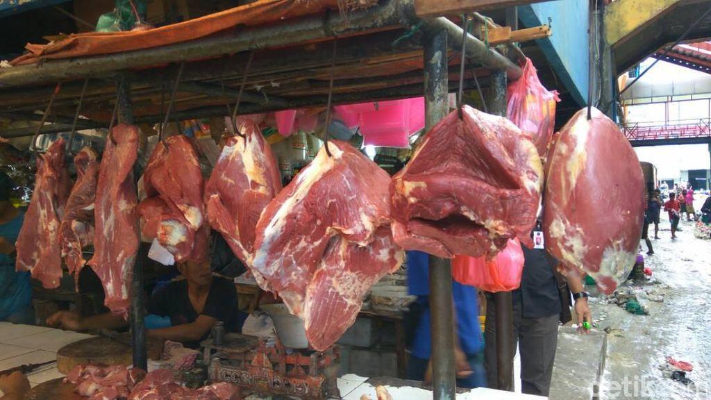 Harga Daging Sapi Mahal di Pasar, Tapi Bisnis Pemotongan Hewan Lesu