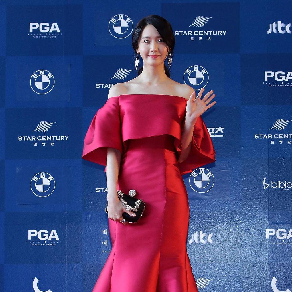 Sweet! Yoona SNSD Tepati Janji Kunjungi Siwan di Kamp Militer