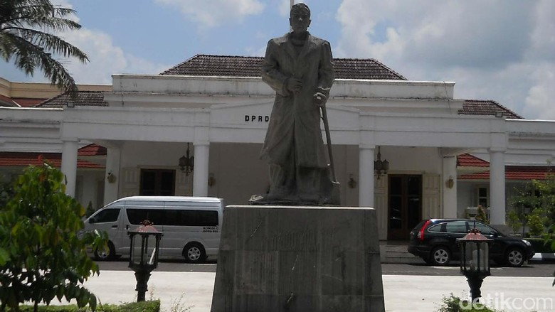 Penghasilan Bulanan Anggota DPRD DIY Naik Jadi Rp 70 Juta