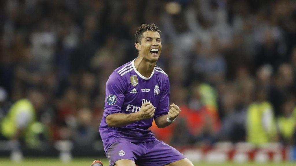 Ronaldo Dilaporkan Punya Anak Kembar