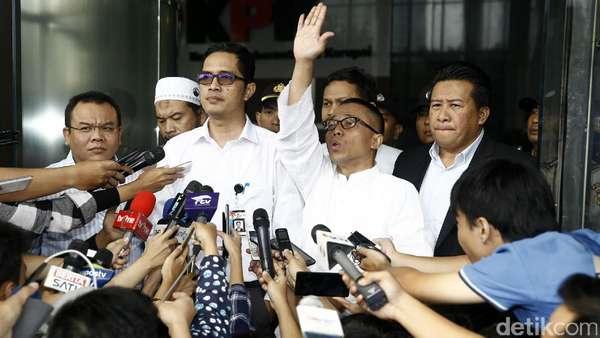 Sama-sama Bandel ke Jokowi, Kader PDIP atau PAN Kena Reshuffle?