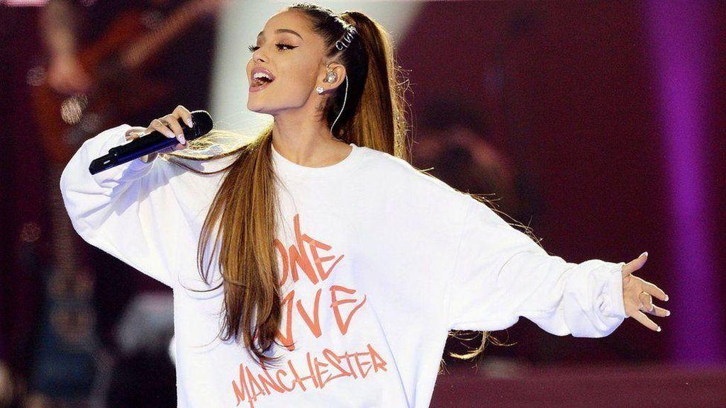 Kegembiraan dalam Kepedihan di Konser One Love Manchester