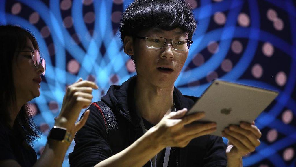 Apple Beli Perusahaan Teknologi Sensor Mata