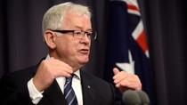 Kerja Untuk Miliuner China, Mantan Pejabat Australia Disoroti