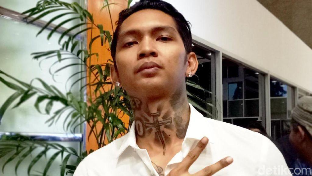 Idolakan Ahok, Alasan Young Lex Bikin Tato Permanen