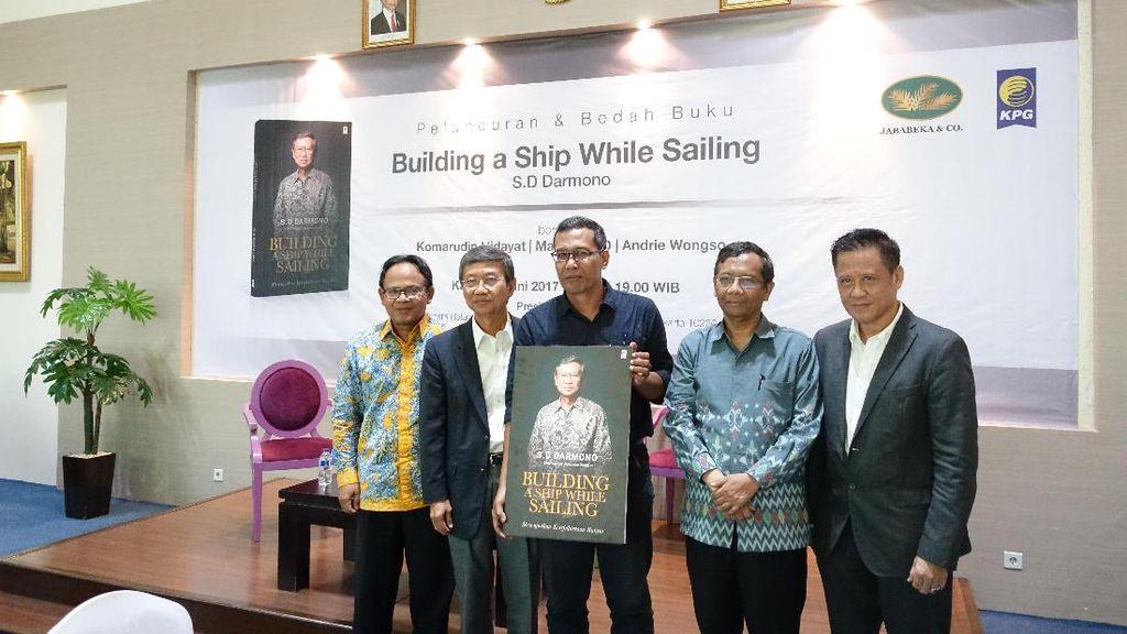 Bos Jababeka Luncurkan Buku Tantangan RI Sebagai Negara Kepulauan