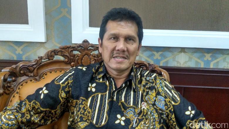 Menteri Asman Presiden Bentuk Lembaga - Jakarta Presiden Joko Widodo pada Rabu kemarin melantik Ketua dan anggota Dewan Pengarah Unit Kerja Presiden Pembinaan Ideologi