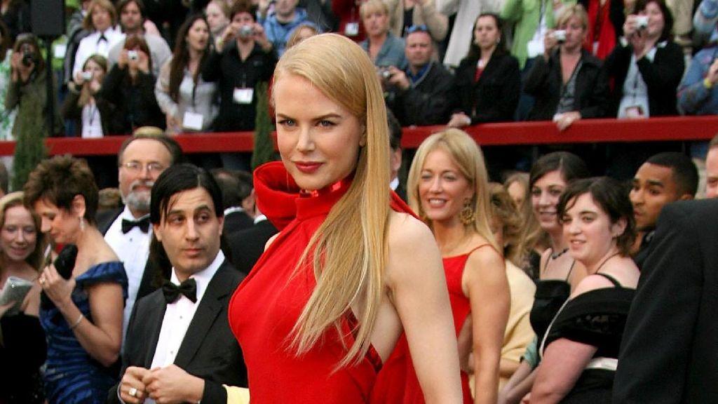 Foto: Inspirasi Penampilan Menawan Nicole Kidman di Red Carpet