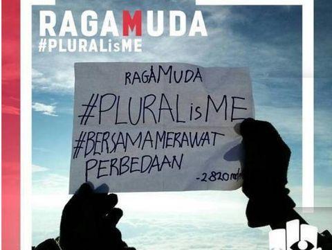 Gerakan #PLURALisME kolaborasi SMA Al Izhar Pondok Labu dan Kanisius Jakarta.