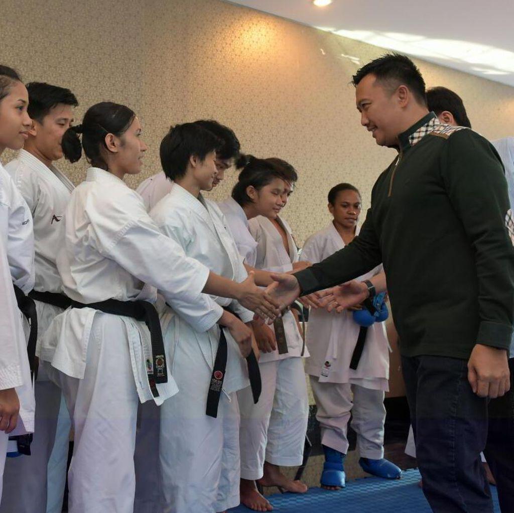 Honor Atlet Pelatnas Karate Telat, Menpora Minta Maaf