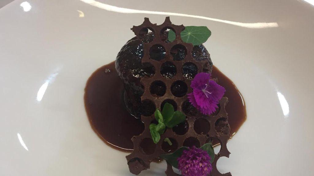 Dikupas Tuntas Trik Bikin Sticky Toffee Pudding yang Legit
