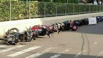 Parkir Sembarangan, Motor-Motor Ditidurin di Jalanan