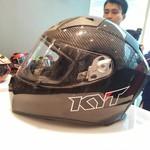 Beda Helm Biasa dengan Helm Balapan ala MotoGP