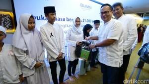 Bank Mandiri Santuni 21.000 Anak Yatim