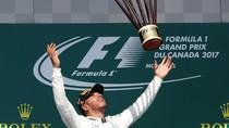 Hamilton Menang, Mercedes Finis 1-2