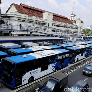 Tarif Isi Ulang e-Money Diseragamkan, Transjakarta: Kami Ikuti BI