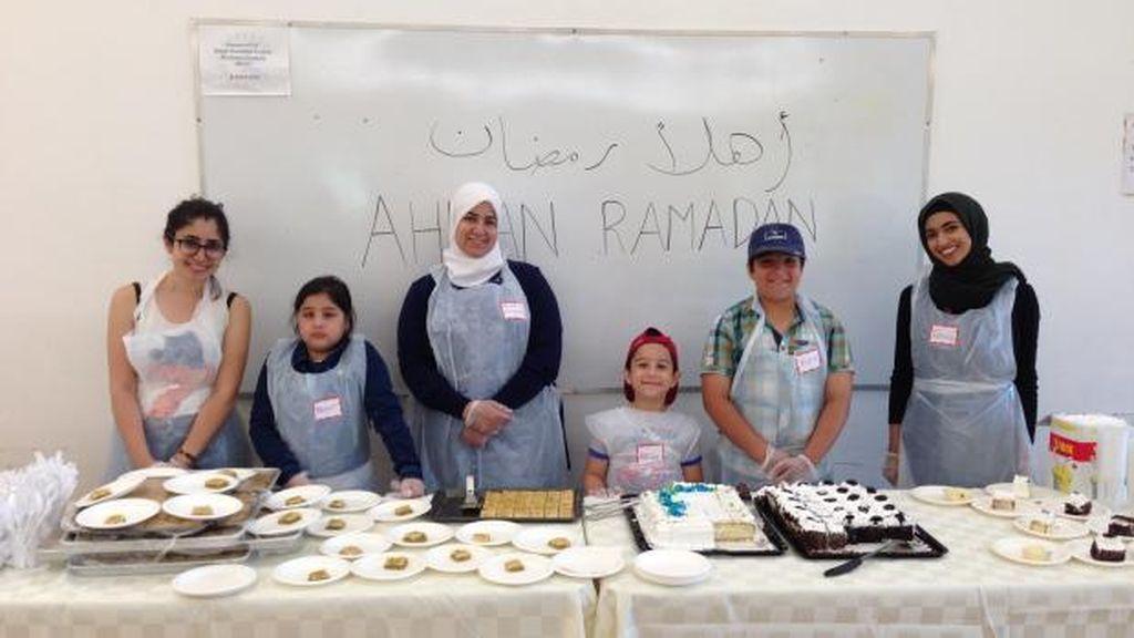 Selama Ramadan, Pendatang Suriah Beri Makan Siang Gratis pada Tunawisma di Kanada