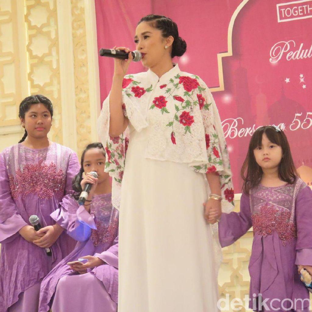 Terjun Bisnis Kecantikan Ussy Sulistiawaty Tak Merasa Tersaingi oleh Ashanty