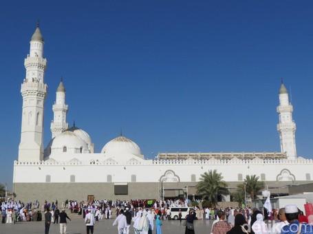 Salat di Masjid Ini, Setara Ibadah Umroh